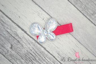 Barrette rose pailletée thème papillon argenté