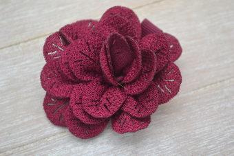 Collection Hiver fleur à trou bordeaux