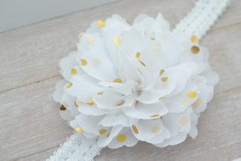 Collection Hiver maxi fleur blanche pois dorés