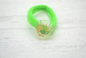 Collection Eté petit coquillage feuilles d'or vert