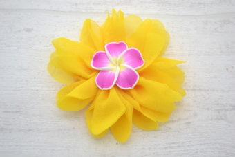 Collection Eté fleur jaune frangipane fuschia/jaune